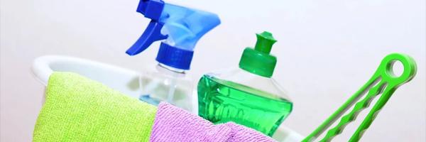 3-Kreative-design-aktiviteter-for-familien-Oprydning-i-hjemmet