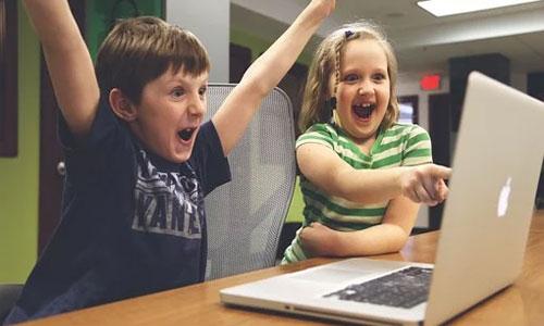 3 moderne forældre tips der ikke kan gå galt Uddan dine børn i internetkultur 2 - 3 moderne forældre-tips, der ikke kan gå galt