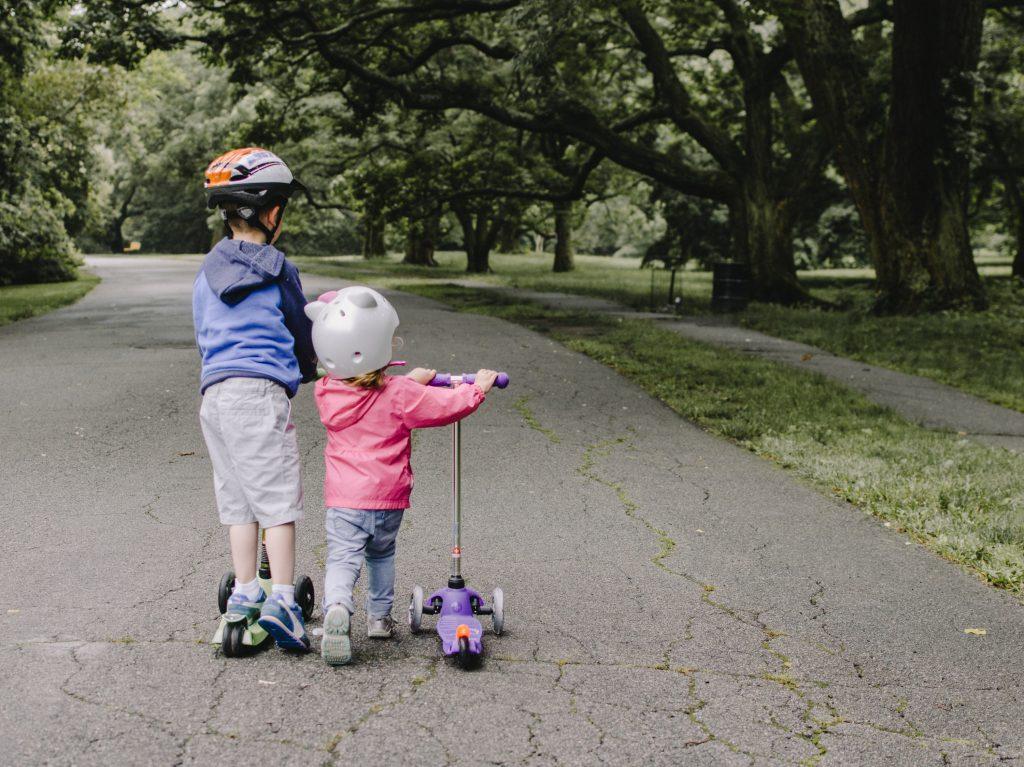 kelly sikkema L1o1WQY5kp0 unsplash 1024x767 - Segboard - en oplagt gave idé til de store børn